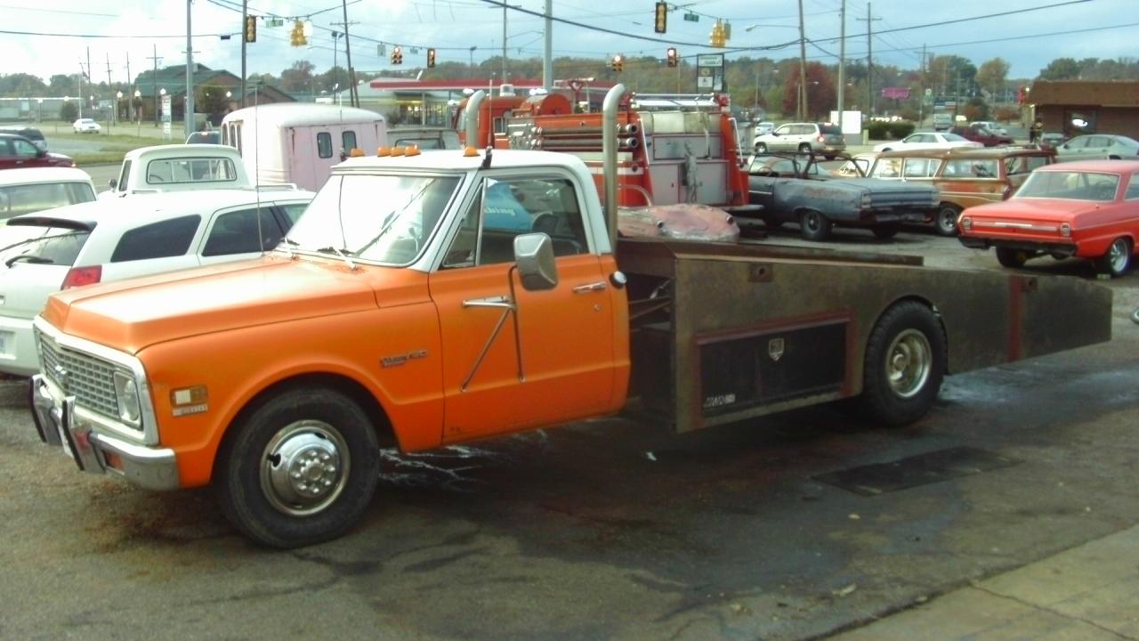 Ramp Truck And Umbro Large